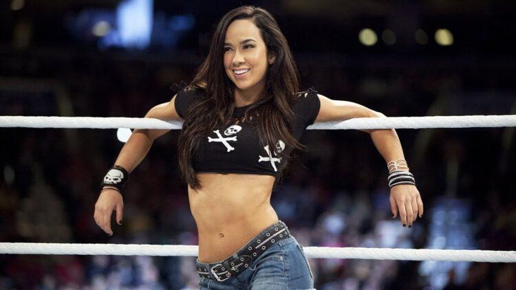 AJ Lee anuncia seu retorno ao pro-wrestling