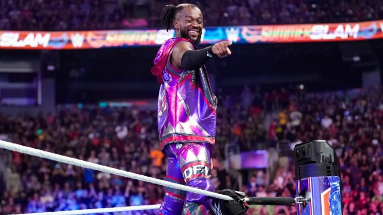Escritor do WWE RAW não gostou de perder Kofi Kingston para o SmackDown
